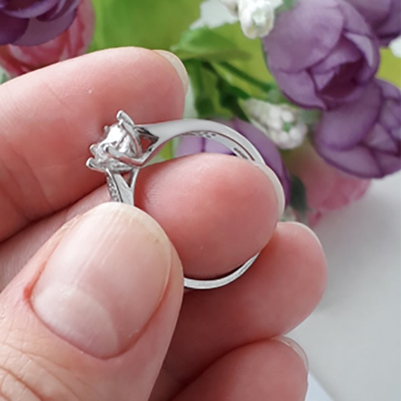 1.5 Carat S925 Sterling Silver Ring Prong Set Ring