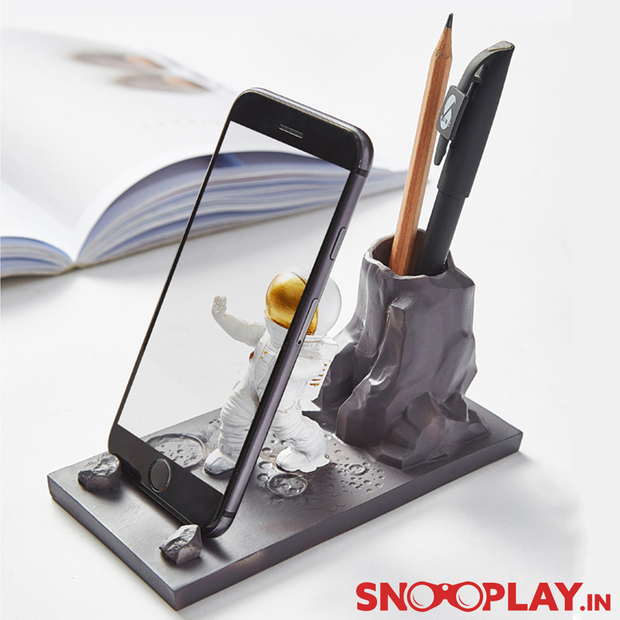 Astronaut on Moon Pen & Phone Stand Online India Best Price