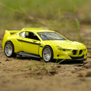 BMW 3.0 CSL Hommage Diecast Car 1:43 Scale Pull Back Model