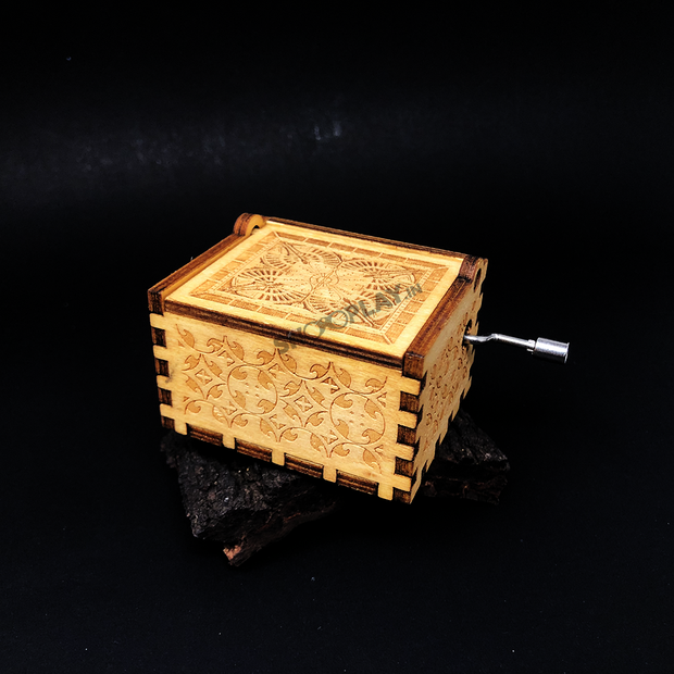 A great gift for all the music lovers, happy birthday theme hand engraved wooden music box with manual crank.