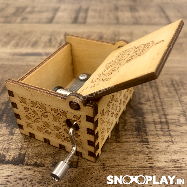 The compact size musical bx that is sturdy and is beautifully carved with musical theme.