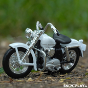 Buy Harley Davidson 1952 K Model 1:18 Scale Die Cast Bike Model (White) Online India Miniature Collectible Bike Front Conceptual