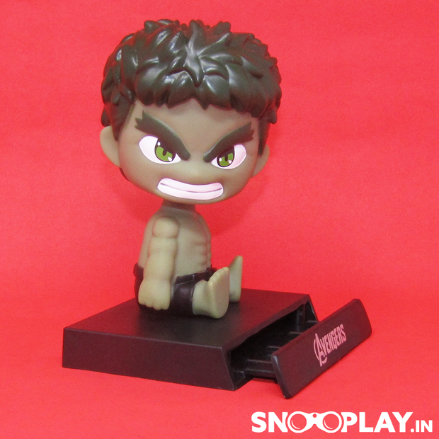 Hulk bobblehead Action Figure with its phone stand, depicting his superhuman strength, durability and healing factor.