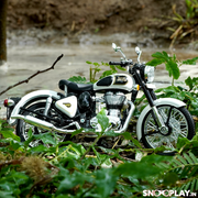 Buy Royal Enfield Classic 350 Die Cast Bike Model (White) 1:12 Scale model for home Decor and collectors Conceptual