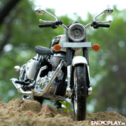 Buy Royal Enfield Classic 350 Die Cast Bike Model (White) 1:12 Scale model for home Decor and collectors Front 2