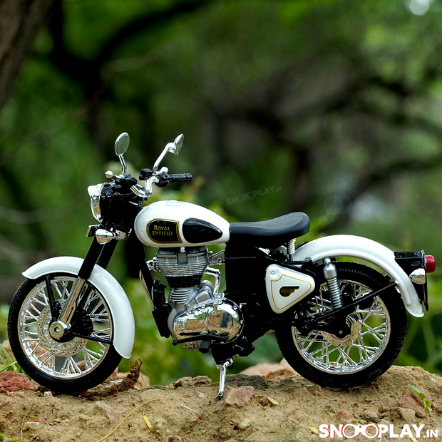 Buy Royal Enfield Classic 350 Die Cast Bike Model (White) 1:12 Scale model for home Decor and collectors Left 2