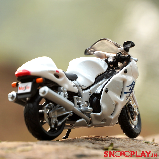 Buy this diecast bike from snooplay.in at best price