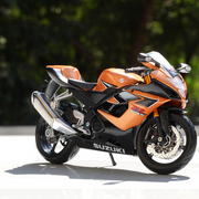 Suzuki GSX R1000 1:12 Scale Diecast Bike Model
