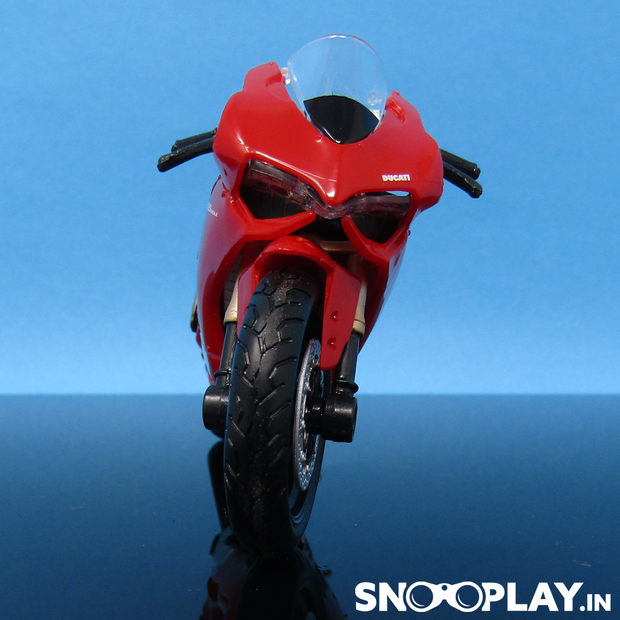 Ducati 1199 Panigale Diecast Bike Model 1:18 Scale