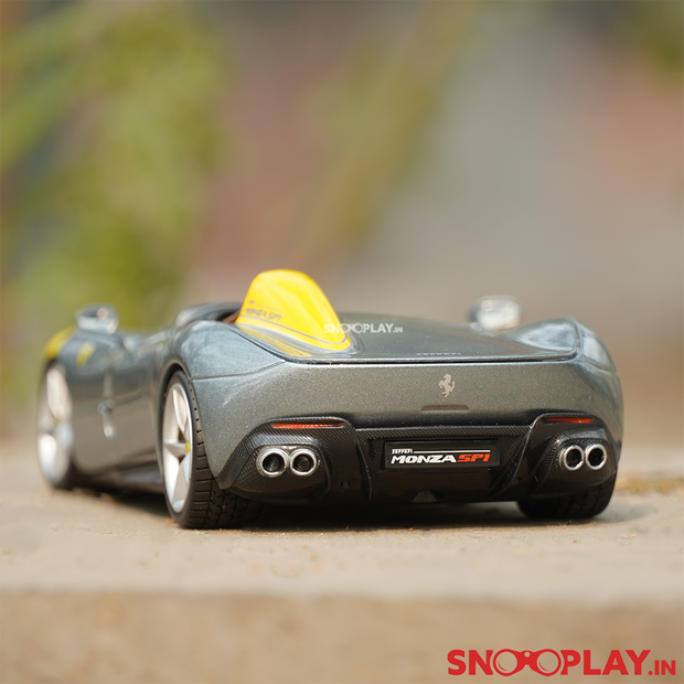 Buy this diecast model from snooplay.in at best price.