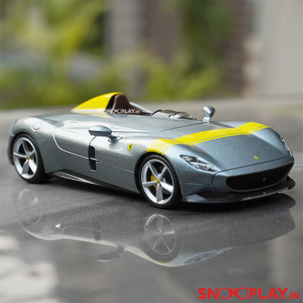 This scale model is a collectible for diecast fans. This limited edition diecast model debuted in the Paris Motor Show 2018.