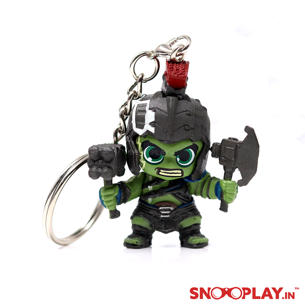 A perfect gift for all the marvel fans, Hulk- Thor Rangnarok bobblehead keychain suitable for bikes or cars.