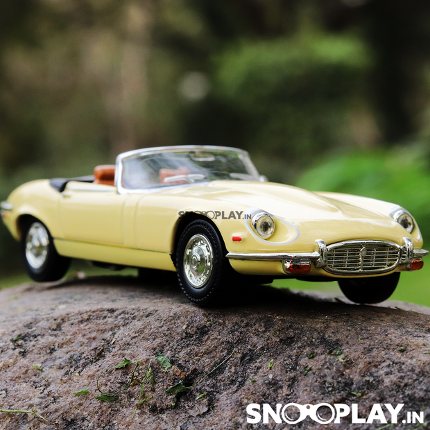 1971 Jaguar E Type Diecast Car Model
