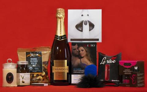 How to use your subtle seduction gift hamper