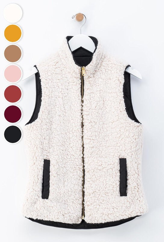 Curvy Reversible Diamond Pattern Puffer Vest