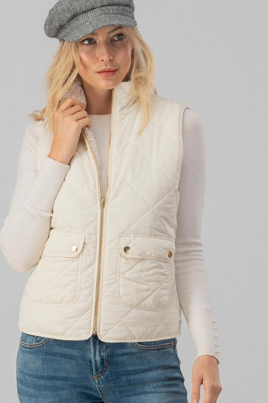 Reversible Diamond Pattern Puffer Vest