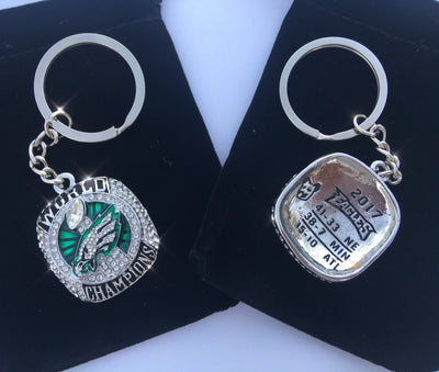 Philadelphia Eagles Super Bowl Championship Keychain - FREE 2-5 Day Delivery Guaranteed