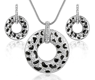 Crystal Donut Pendant Necklace With Matching Earrings Set