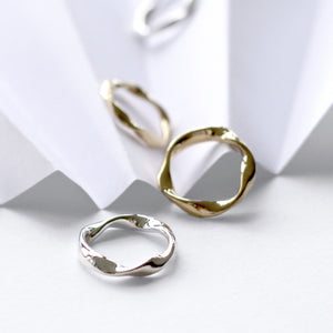 SMALL LOKA STACKING RING GOLD