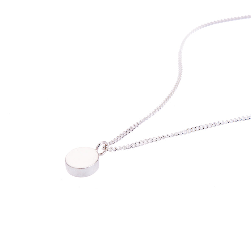 AMATI SILVER SMALL DISC NECKLACE