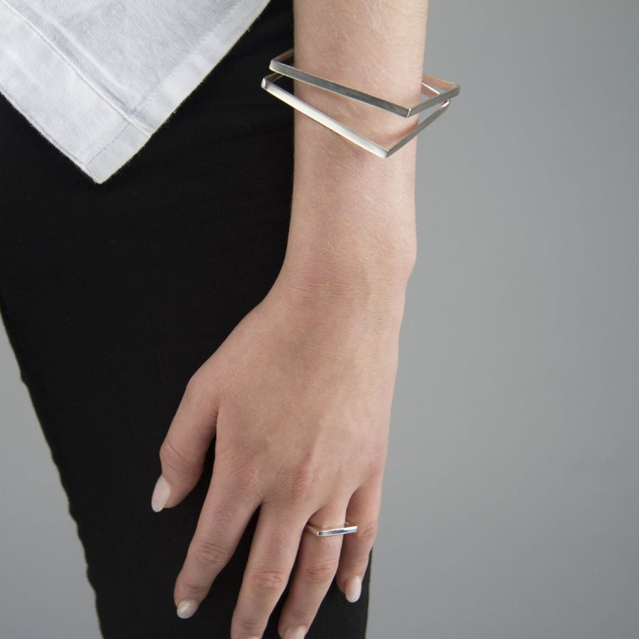 KOTI WRAPPED SQUARE BANGLE