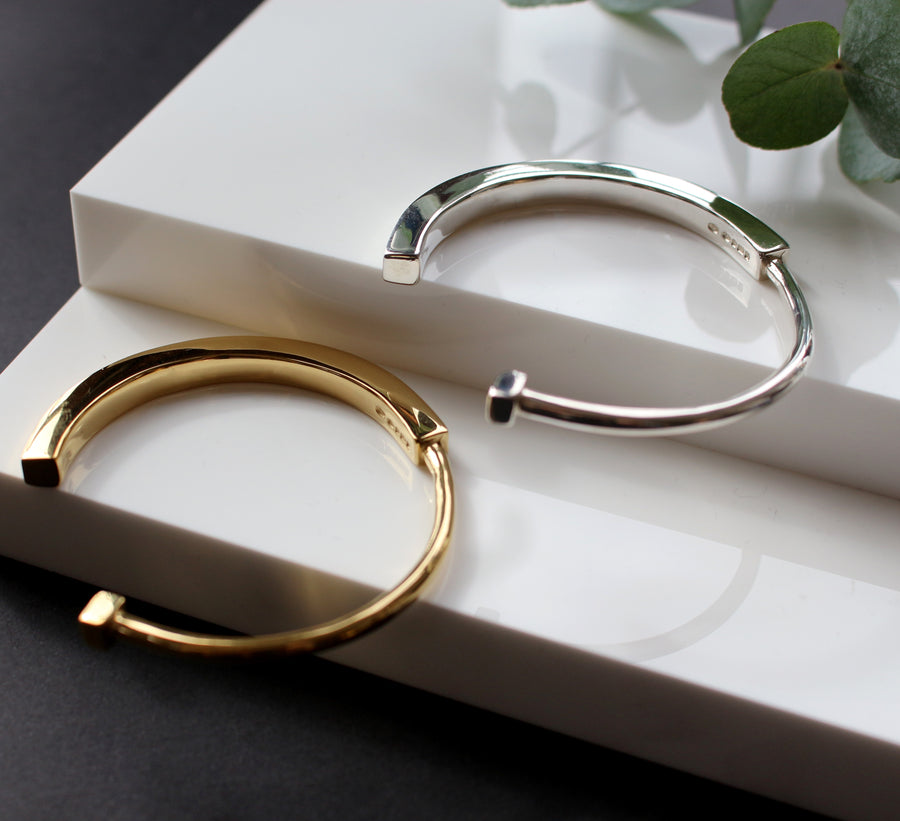 KOTI GOLD HALF ROUND CUFF BANGLE