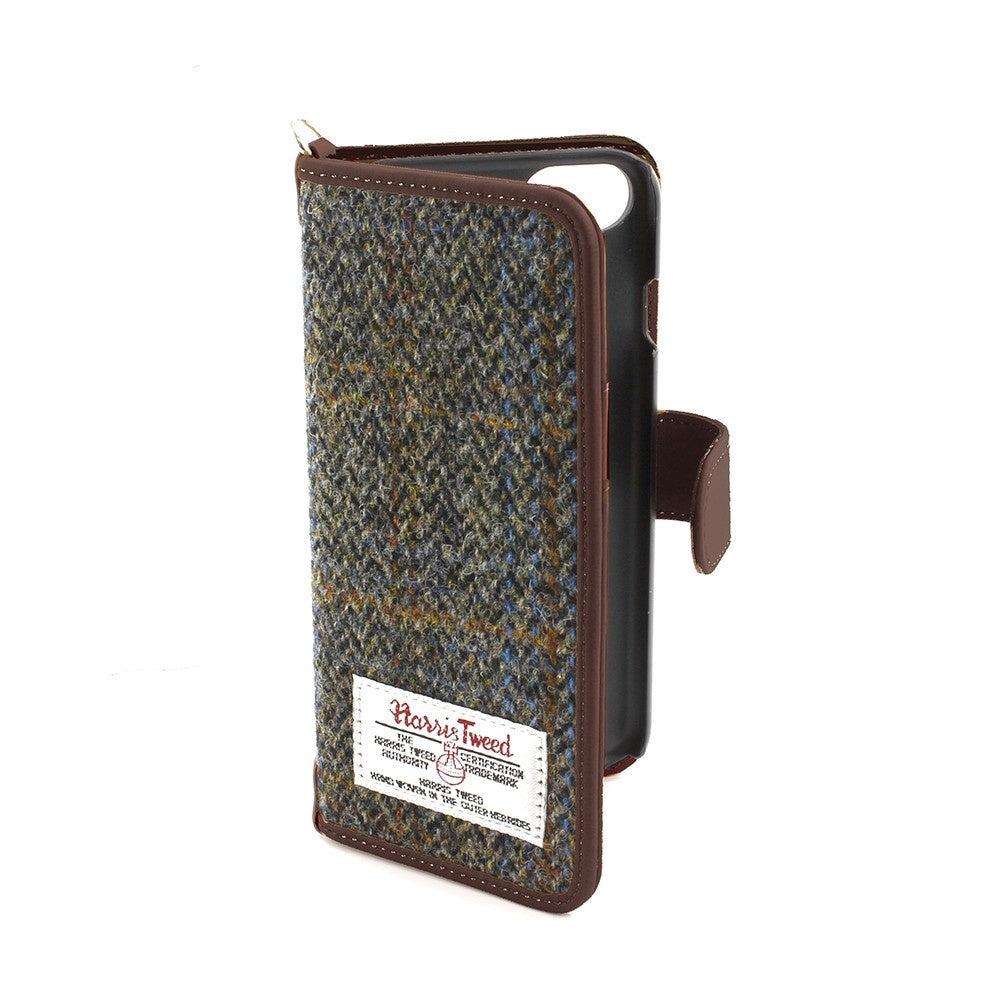 Carloway Harris Tweed Medium Universal Phone Case