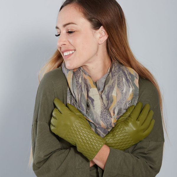 Leather Quilted Gloves Olive