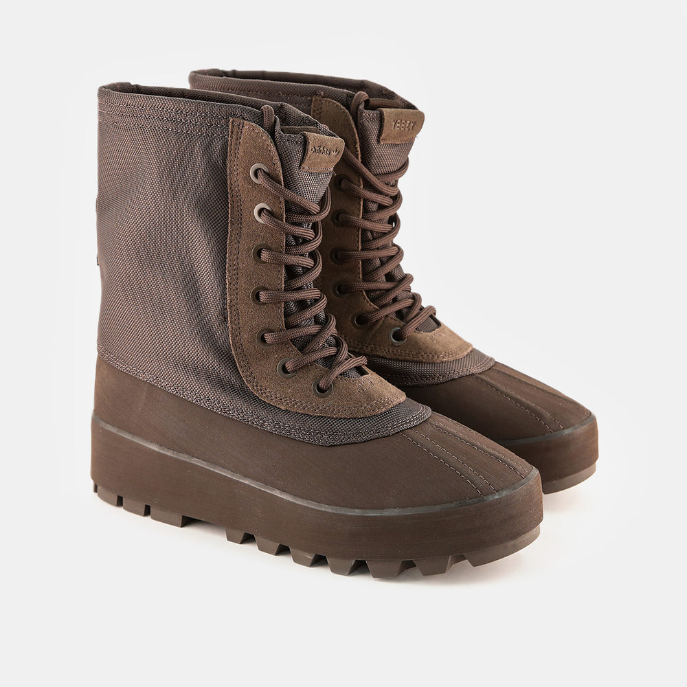 adidas Originals - Yeezy Season 1 Men's 950 Boot (Chocolate Brown)
