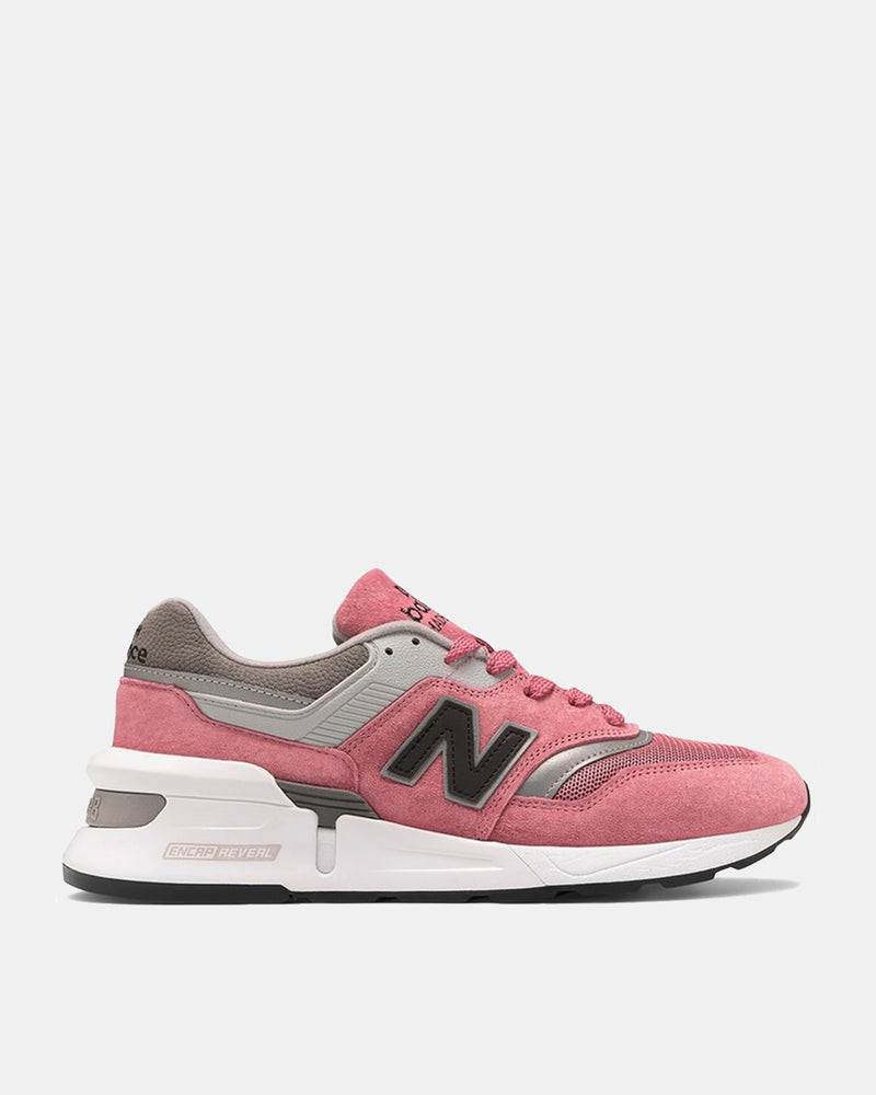 Made in USA 997 Sport (Pink)