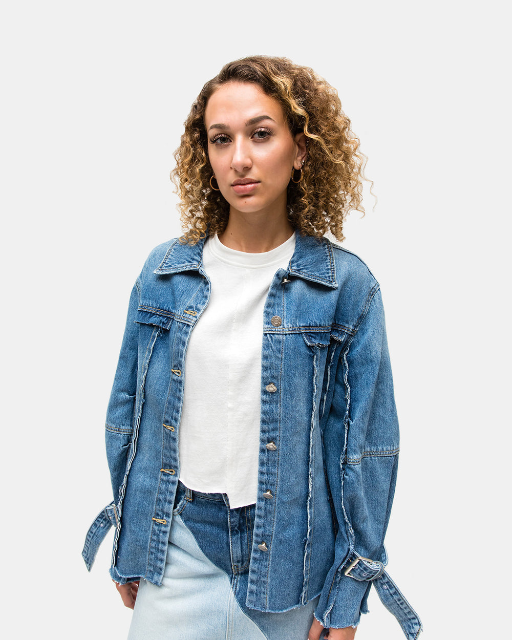 SJYP - Women's Cut Off Belted Denim Jacket (Blue)