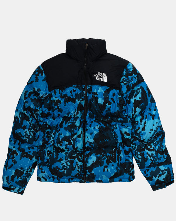1996 Retro Nuptse Jacket (Clear Lake Blue Digi Topo)