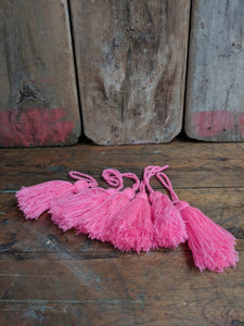 Pink polyester mix tassel