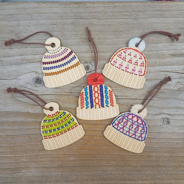 Hat-ornaments-all-cable-knit-striped-triangle-stitchable-katrinkles