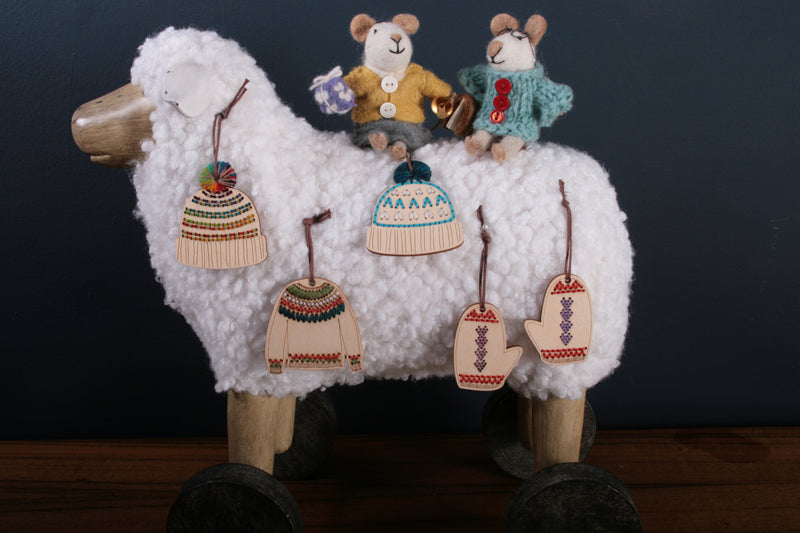 Katrinkles - Stitchable Mitten Ornaments