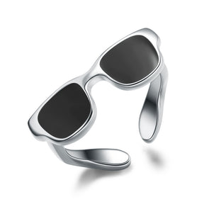 Black Sunglasses Ring