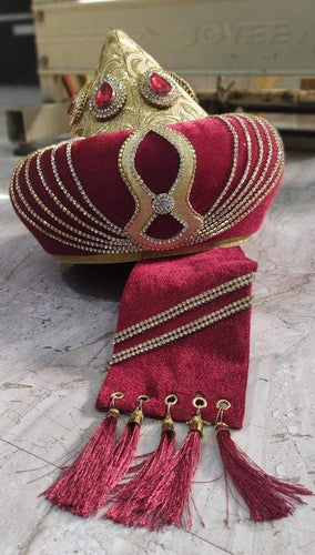 Ashrafi Taj Topi Maroon Colour Best Finishing Light Weight