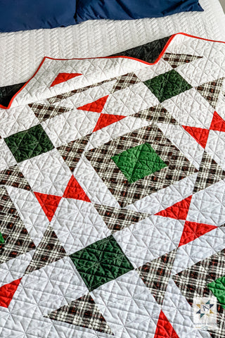 Christmas Noughts and Crosses by Julie Burton of Running Stitch Quilts