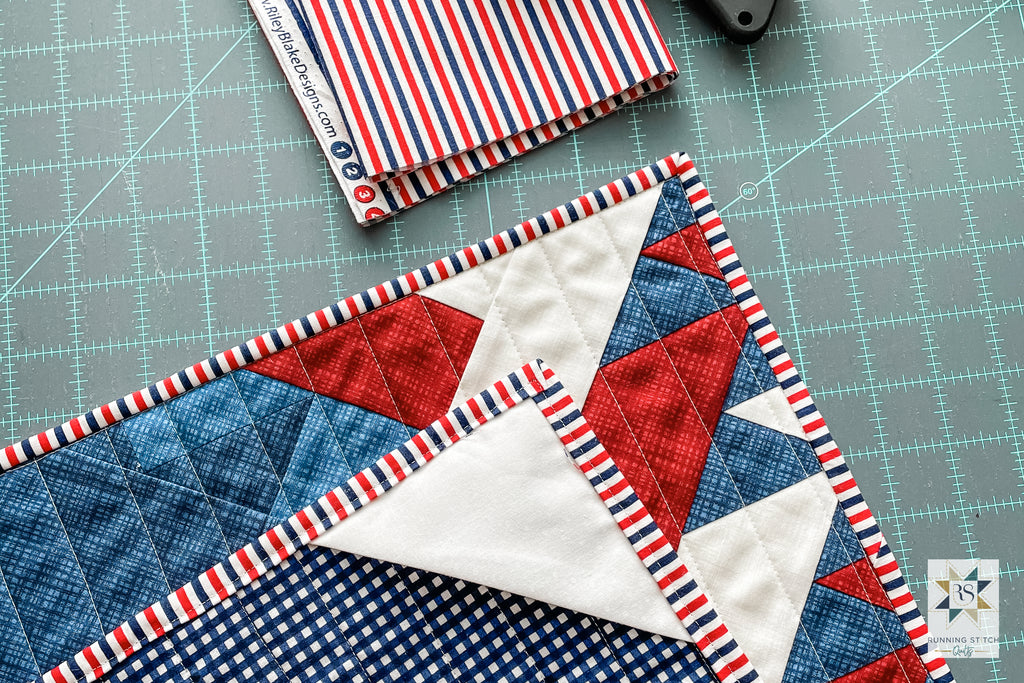 How to Easily Hang a Mini Quilt by Julie Burton of Running Stitch Quilts