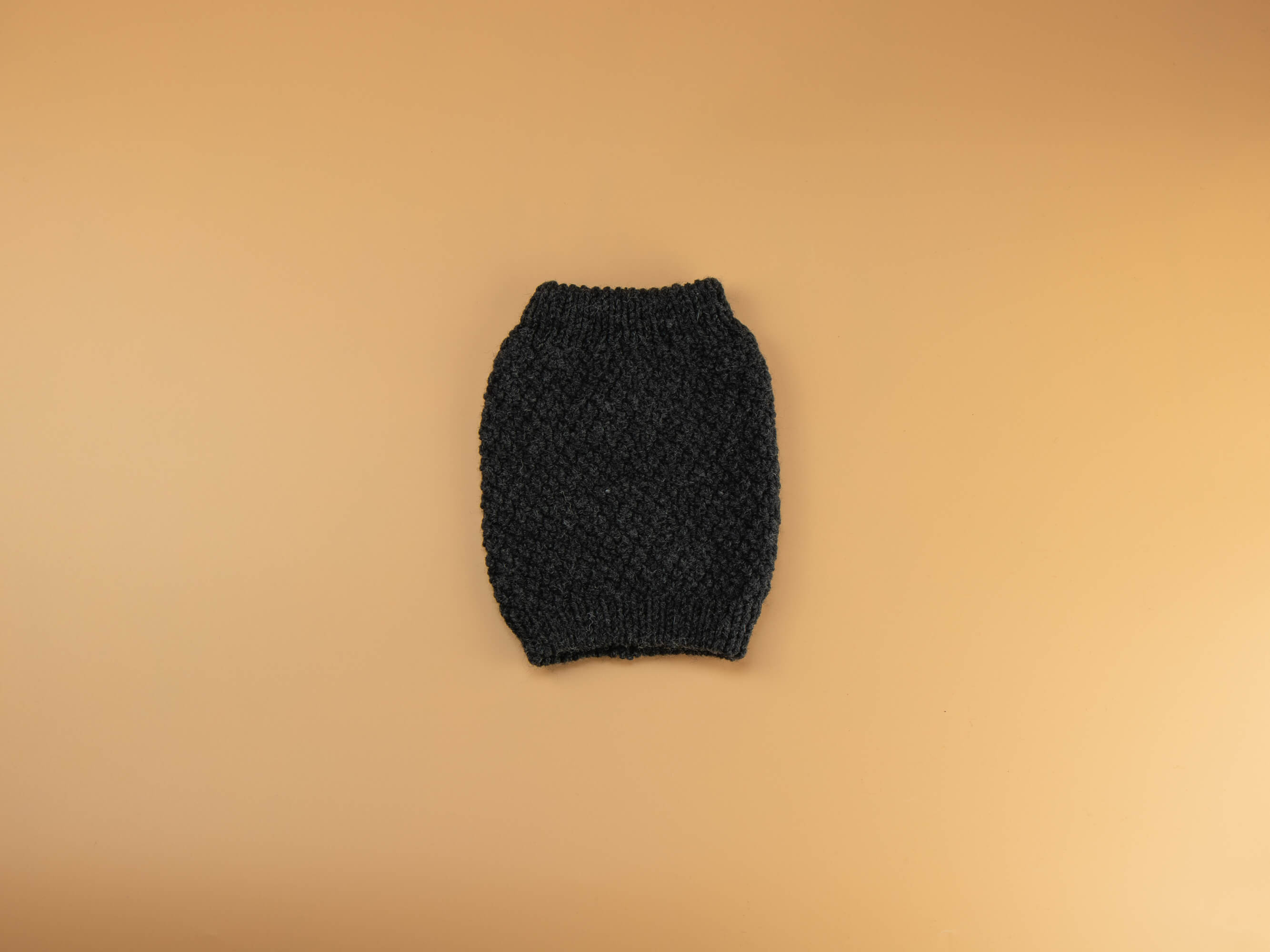 Knitted High Neck Pearl