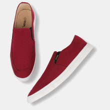 Load image into Gallery viewer, Foax Maroon Causal Slip On Shoes