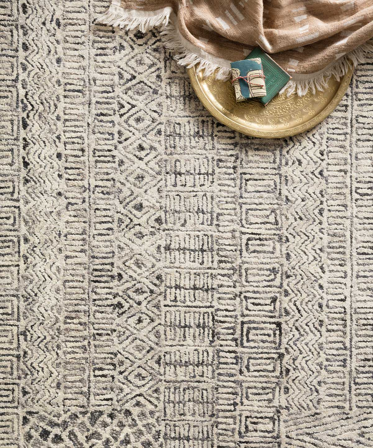 Peregrine Rug in Charcoal