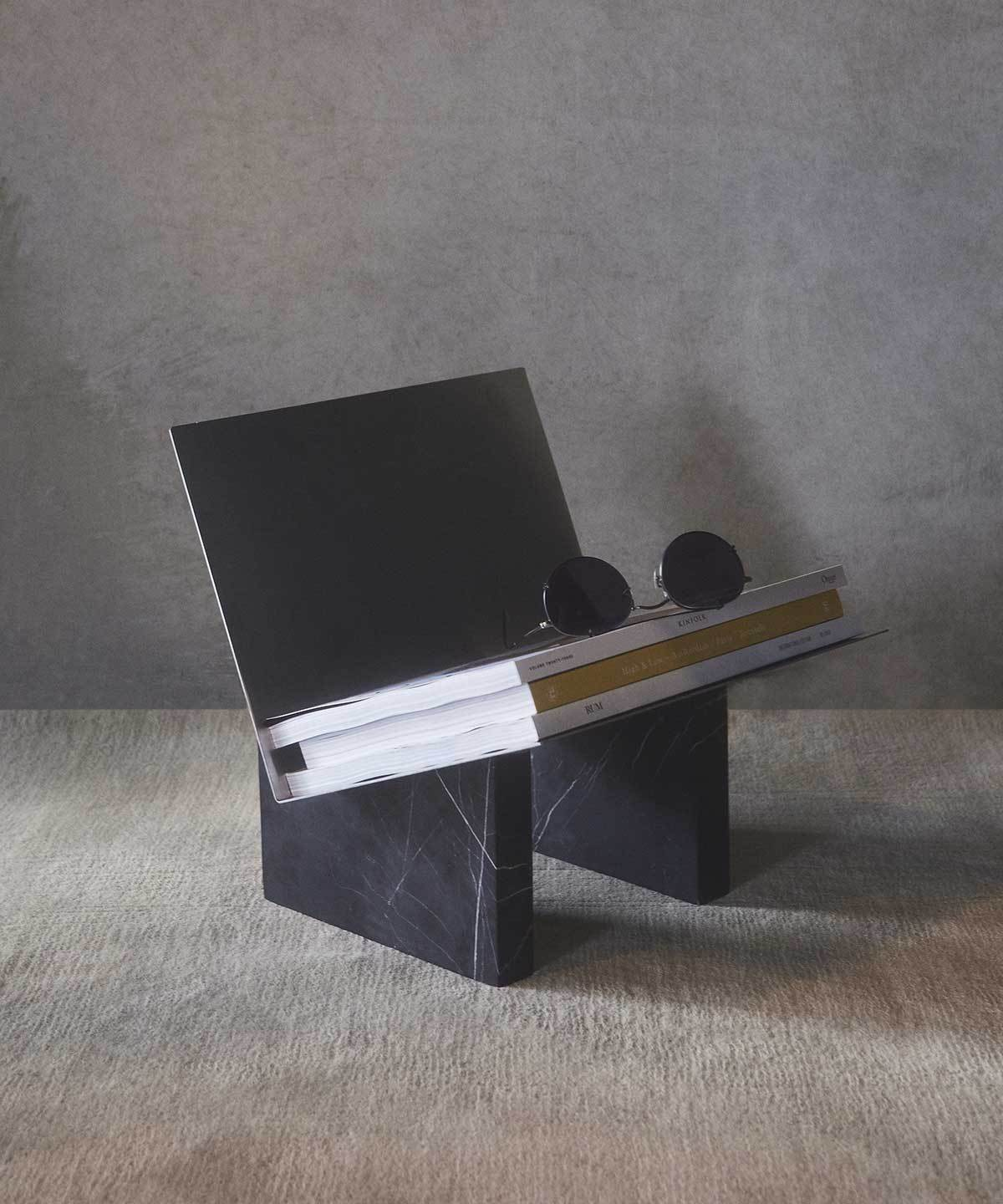 Monuments Magazine Holder