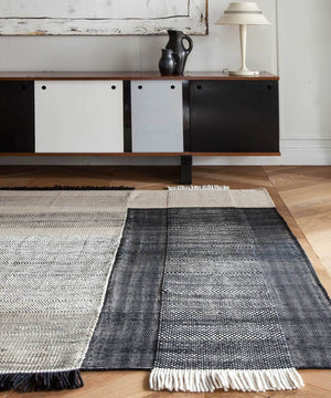 Tres Rug in Black by nanimarquina | TRNK