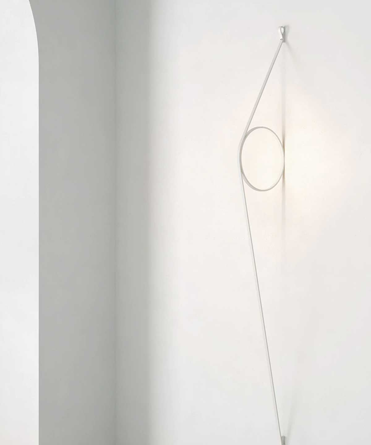 Wirering Wall Lamp