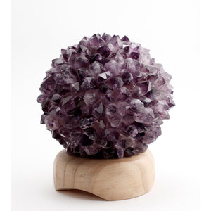 Round Amethyst Crown Point Lamp