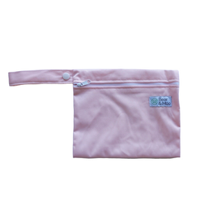 Dusky Pink Mini Wet Bag | Bear & Moo | Bear and Moo | Hamilton, New Zealand | wet bag | wetbag | cloth nappy | reusable nappies | modern cloth nappies | environmentally friendly | save money | good for the environment | alternative to plastic | sustainable living | waste free | Dusky Pink Mini Wet Bag