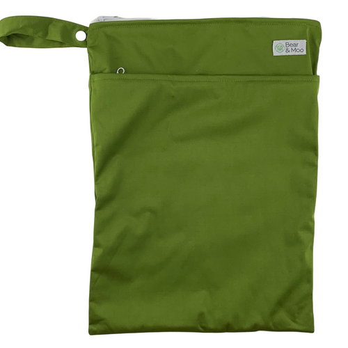 Olive Wet Bag | Bear & Moo | Bear and Moo | Hamilton, New Zealand | wet bag | wetbag | cloth nappy | reusable nappies | modern cloth nappies | environmentally friendly | save money | good for the environment | alternative to plastic | sustainable living | waste free | Olive Wet Bag