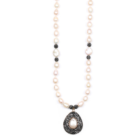 Duchess Medallion Pearl Necklace