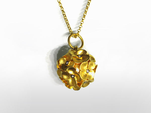SKU 173-111 - Yellow Gold & Diamond Flower Pendent by Kurtulan